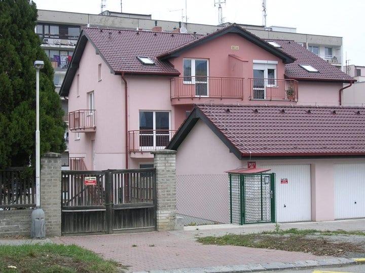 Viladům Baarova